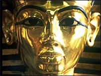 Тутанхамон приобрел мировую известность благодаря своей могиле.