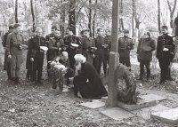 Отец Вадима фон Каульбарса - Юрий Вадимович второй слева.