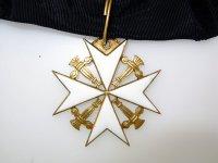 Орденский знак протестантского Ордена иоаннитов в Швеции