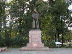 Рядом с Рождественнским собором, в Риге, памятник рижанину князю и полководцу Барклаю де Толли. Первый памятник был построен в 1913 году, в 1915 году (в информации на памятнике, видимо, ошибка, там написано, что в 1815 году), во время Первой мировой войны, он был вывезен вглубь страны и затерялся. Затем он был восстановлен. Это один из десяти памятников Барклаю де Толли, установленных в Европе.