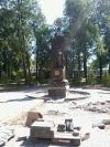 Памятник солдату Первой мировой войны установили в Пскове в сквере у автовокзала.
