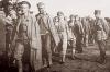 Колонна военнопленных в лагере Тухоль Фото: wikipedia