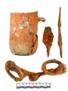 Находки в верхнем пахотном слое: удила, кружка, наконечник стрелы и шило