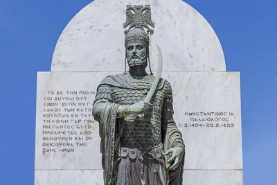 29 мая - трагическая, скорбная дата в историческом календаре Греческой нации, Православия, мировой истории.  565 лет назад, 29 мая 1453 года под напором 150-тысячного войска султана Мехмета Второго пал Константинополь (Полис), обороняемый менее 10 тысячами его защитниками.