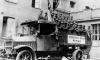 Чины Ударного отряда Гитлера в грузовике