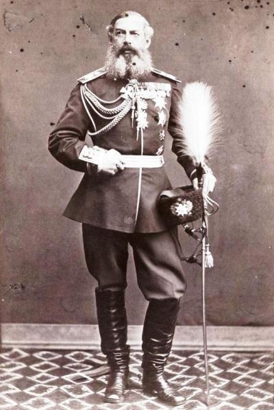 Дондуков-Корсаков Александр Михайлович — князь, генерал-адъютант, генерал-от-кавалерии, потомок по женской линии калмыцкого хана Аюки, родился в 1820 г., начальник войскового Штаба на Дону.