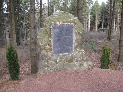 Этот памятник в ландшафтном саду Каммербуш посвящен памяти Хельмута Карла Бернхарда фон Мольтке (1800–1891). Он был немецким фельдмаршалом и начальником штаба прусской армии в течение тридцати лет и во время нескольких войн, включая франко-прусскую войну (1870-1871). Считается одним из лучших полководцев второй половины 19 века.